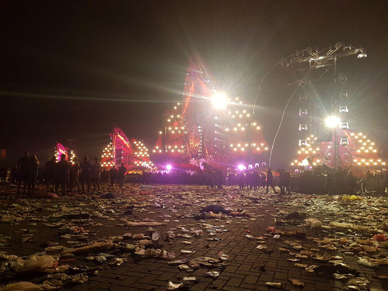 [img width=1024 height=768]http://eindefotos.nl/images/newspost_images/2017-defqon1_pre.jpg[/img]